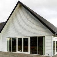 Hvidmalet-facade